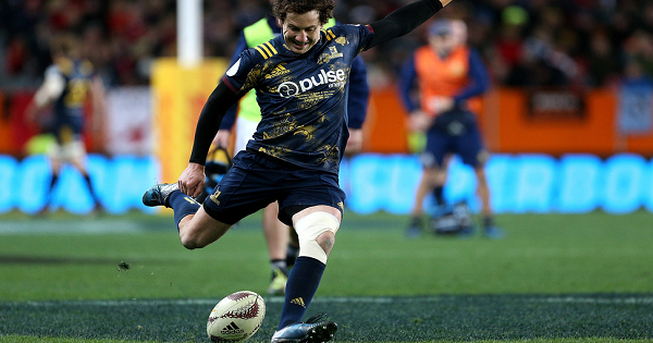 Highlanders inflict second tour defeat for British and Irish Lions in Dunedin