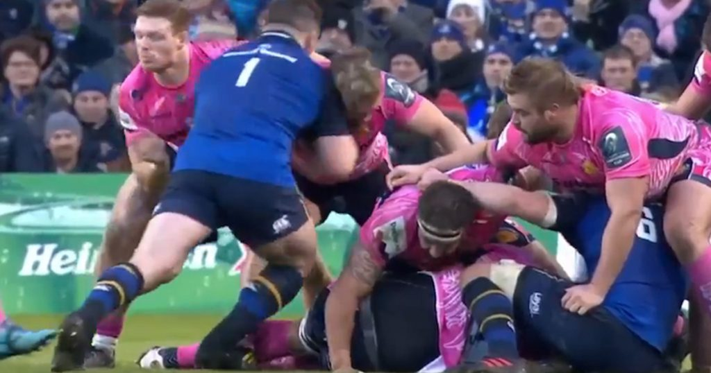 Cian Healy leads with shoulder but somehow escapes red card