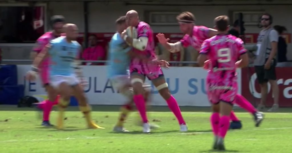 Sergio Parisse's Top 14 season starts off with a perplexing red card