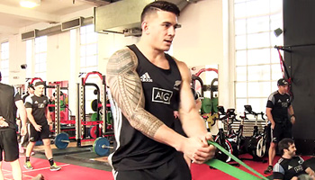 The All Blacks hitting the gym ahead of Wales match in Cardiff