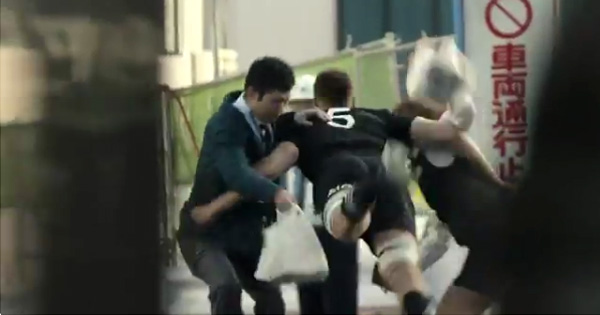 The All Blacks tackle Tokyo in new AIG Japan advert