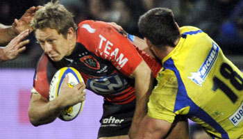 Highlights of Toulon vs Clermont, including Rougerie fight & Smith yellow