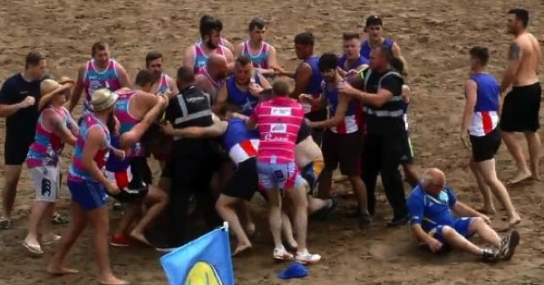 Police called as beach Touch Rugby tournament descends into boxing match