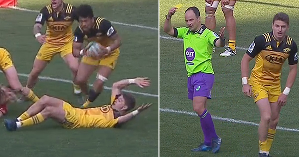 All eyes on Jaco Peyper after controversial Beauden Barrett yellow card