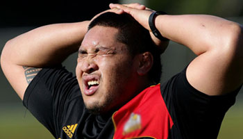Ben Tameifuna suspended for 5 weeks for pushing referee Glen Jackson