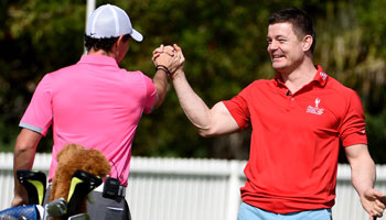Brian O'Driscoll and Rory McIlroy take part in some trickshots