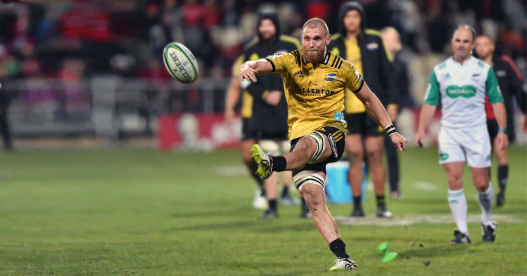 England flanker Brad Shields takes conversion kick and it's not too bad
