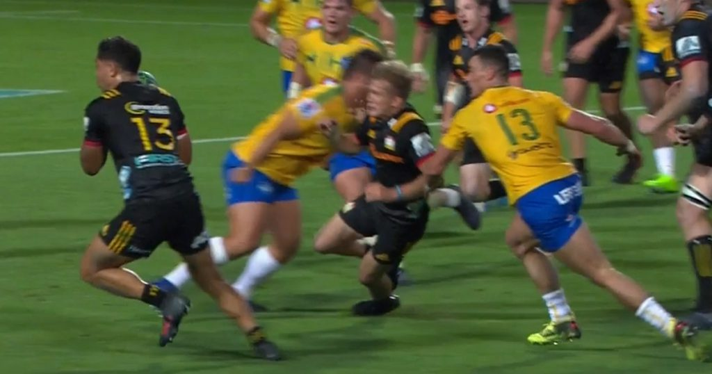 Bulls prop avoids red card for late shot after referee is talked down by TMO