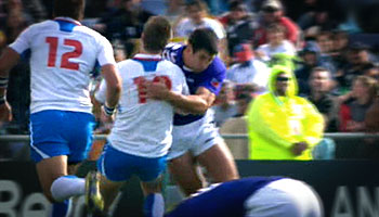 Paul Williams yellow carded for huge hit on Theuns Kotze