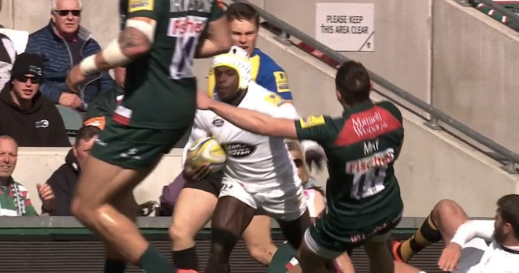 Little Christian Wade's big carry knocks Jonny May out cold