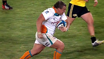 Prop Coenie Oosthuizen's knockout run and two tries vs the Hurricanes