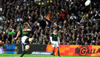Springboks win the Tri Nations after tense battle with the All Blacks