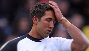 Gavin Henson knocked out by punch from new Bath team-mate