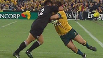 Incredible skill by Wallaby George Smith in 2004