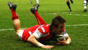 Gloucester and Bath go toe to toe at Kingsholm