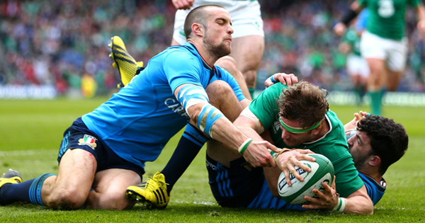 Ireland back on form with crushing win over Italy