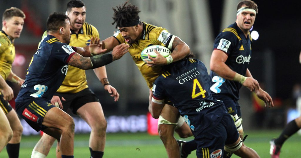 Epic four minutes of rugby as the Highlanders refuse to stop playing