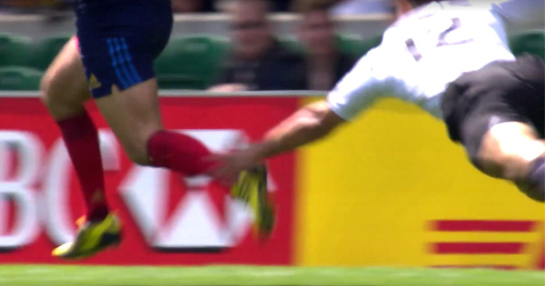 Jarryd Hayne ankle tap saves a certain France try at the London Sevens