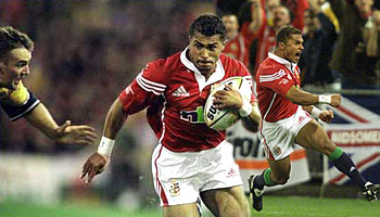 Jason Robinson classic try for the 2001 Lions