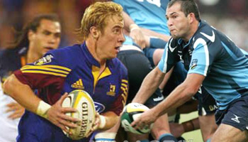 Jimmy Cowan nails opposite number Fourie Du Preez