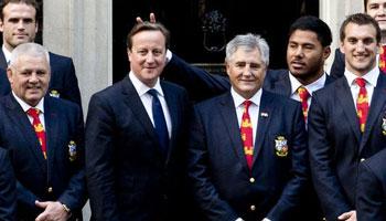 Manu Tuilagi apologises for 'bunny ears' prank on prime minister