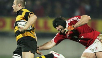 Mark Stewart tackle on Ollie Smith - Lions 2005