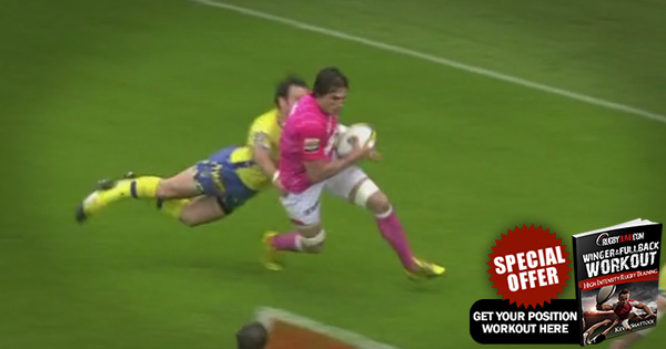 Morgan Parra prevents try brilliantly by punching ball out of attacker's hands