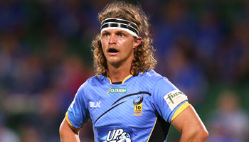 Nick 'Honey Badger' Cummins makes a popular return to Super Rugby