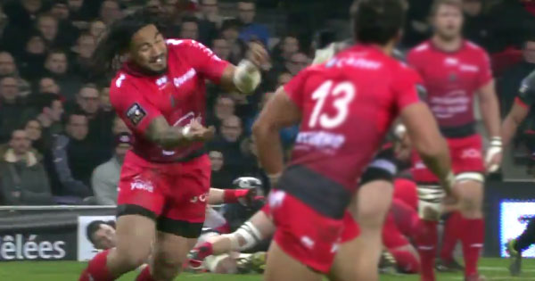 Ma'a Nonu blunder gives Gael Fickou easy score in Toulouse rout