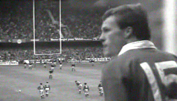Paul Thorburns legendary penalty kick from 1986