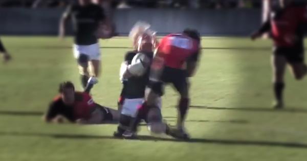Renaldo Bothma crunching collision in Japan's Top League