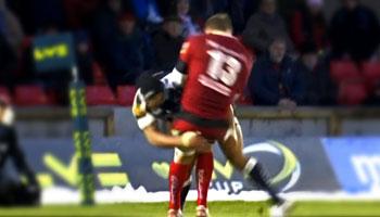 Sam Tuitupou's massive crash tackle on Gareth Maule