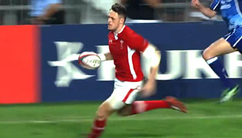 Seven of the Best Tries from the 2013 Hong Kong Sevens