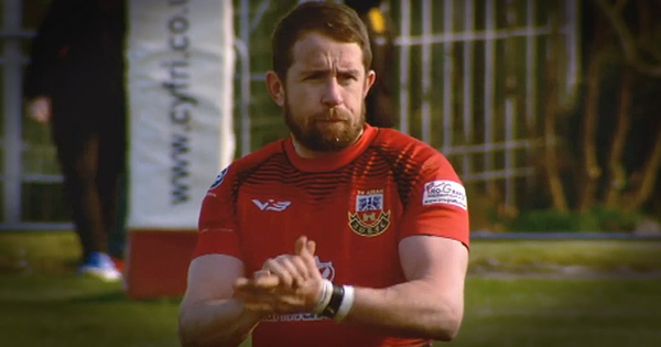 Legend Shane Williams, aged 40, helps local club reach cup final