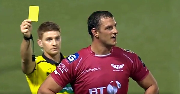 Referee makes shocking call as he sends off wrong Shingler brother