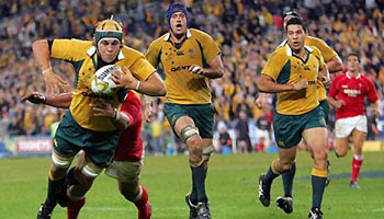 Stephen Hoiles snatches 2007 win for the Wallabies over Wales