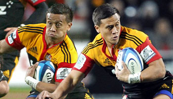 Tim Nanai-Williams finishes amazing passage of play and scores great solo effort