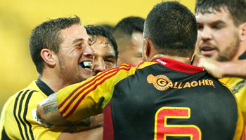 TJ Perenara makes big hit then later gets punched in the face by Liam Messam
