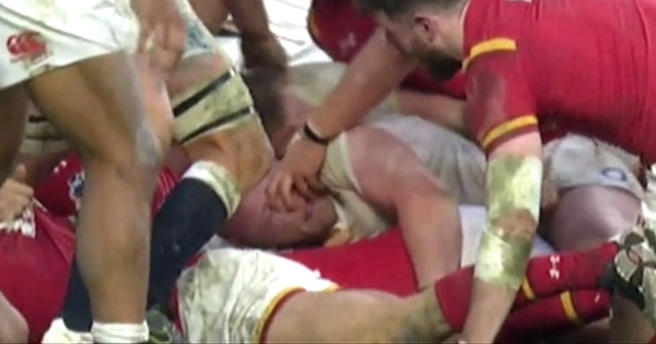 Tomas Francis only penalised but then cited for contact with Dan Cole's eyes