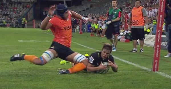 Tomas Lavanini suspended for a week for diving on tryscorer