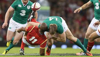 Andrew Trimble's well timed big hit leads to Keith Earls try against Wales