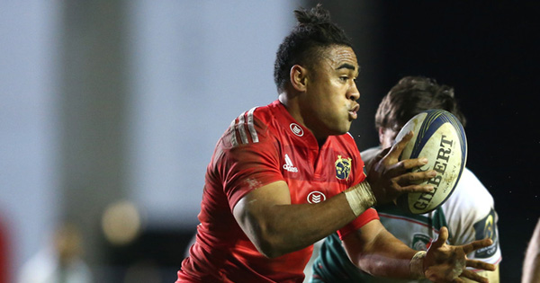 Telusa Veainu stops Francis Saili's near certain Munster try in Leicester Tigers win