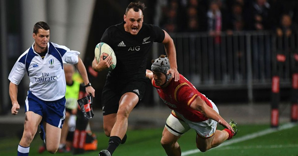 New Zealand romp to victory against hapless Wales to take series clean sweep