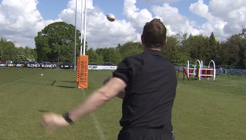 Will Greenwood gets a master class in Sevens from Alex Gray