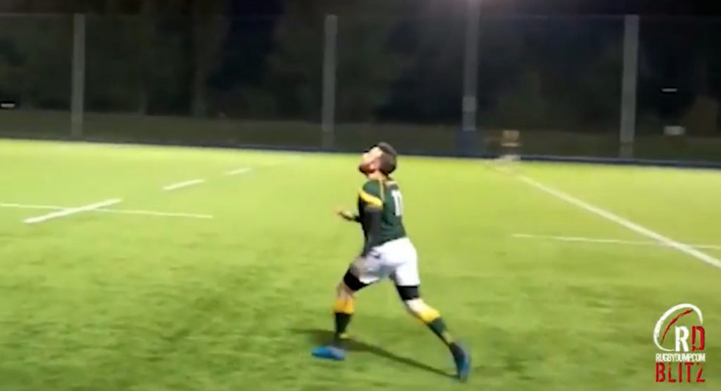 Floodlights or lack of talent result in amusing blooper for first ever Rugbydump Blitz entry