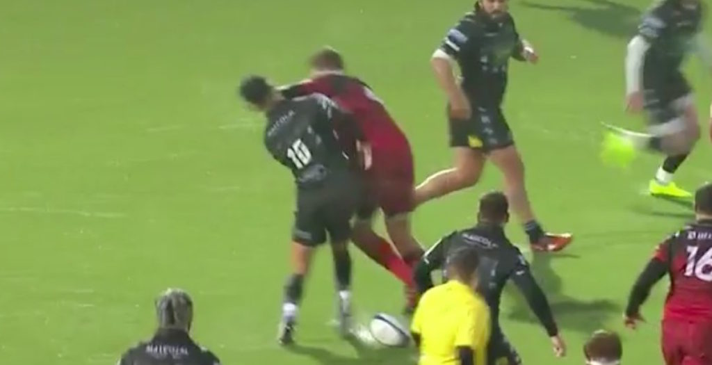 WATCH: Lyon player receives straight red for elbow to the face