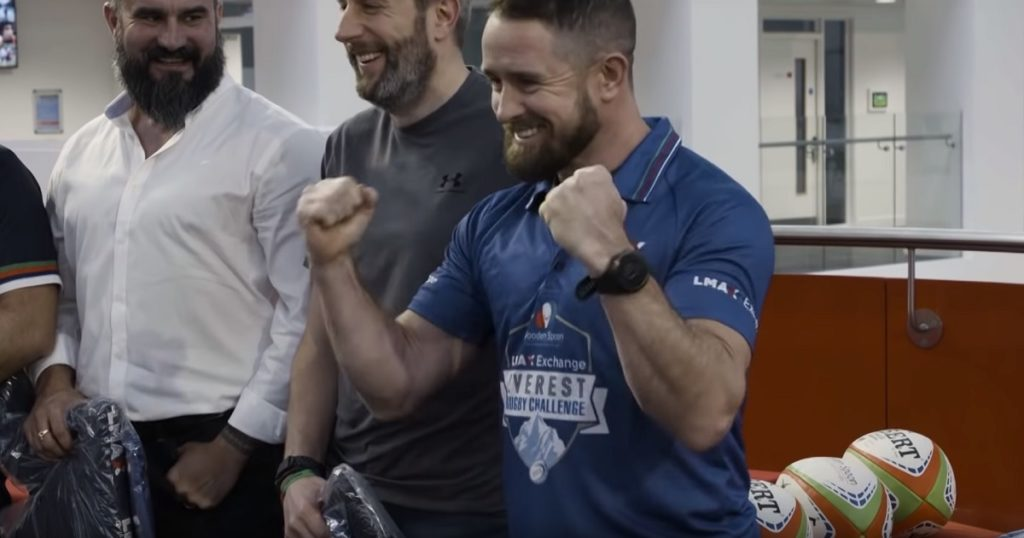Wales legend Shane Williams set to break another record attempt... on Mount Everest