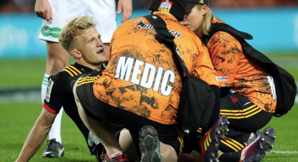 Huge World Cup blow for All Blacks as Damian McKenzie suffers painful knee injury