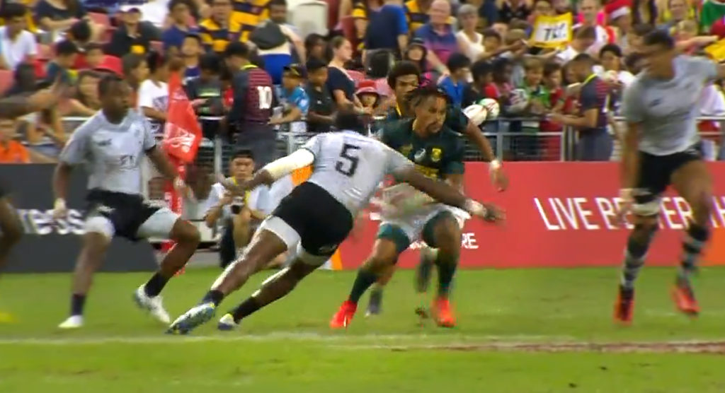 Cakaubalavu's shot on Davids may just be the most brutal tackle we've seen all year