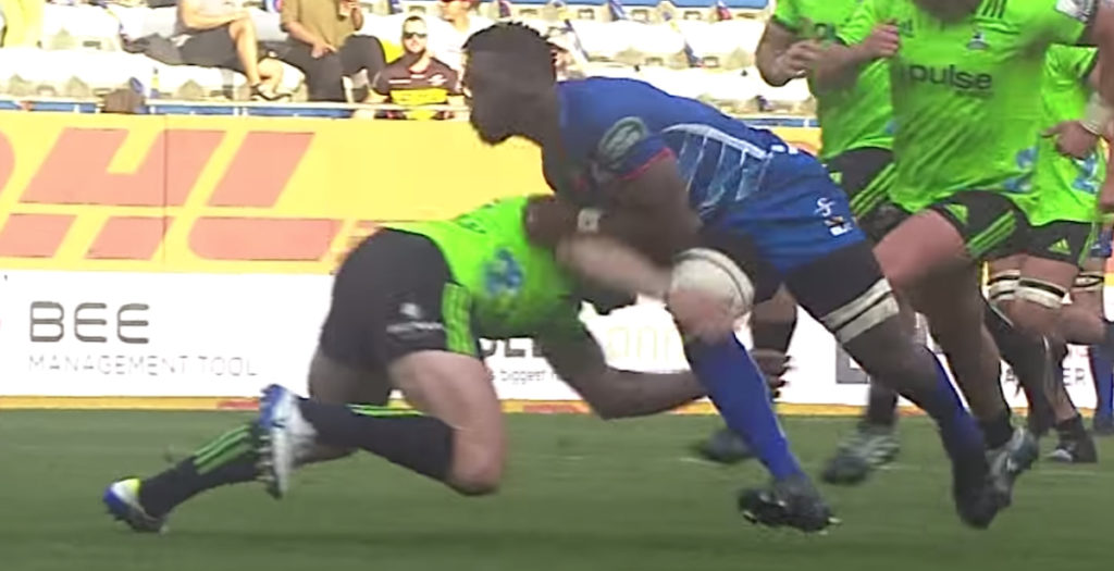 Kolisi shows off insane athleticism to score another beauty for the Stormers